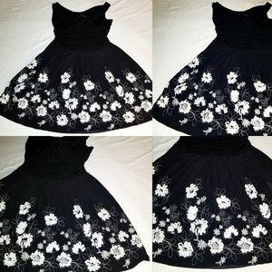 SL Fashions Women's Dress Black w/ White Flowers